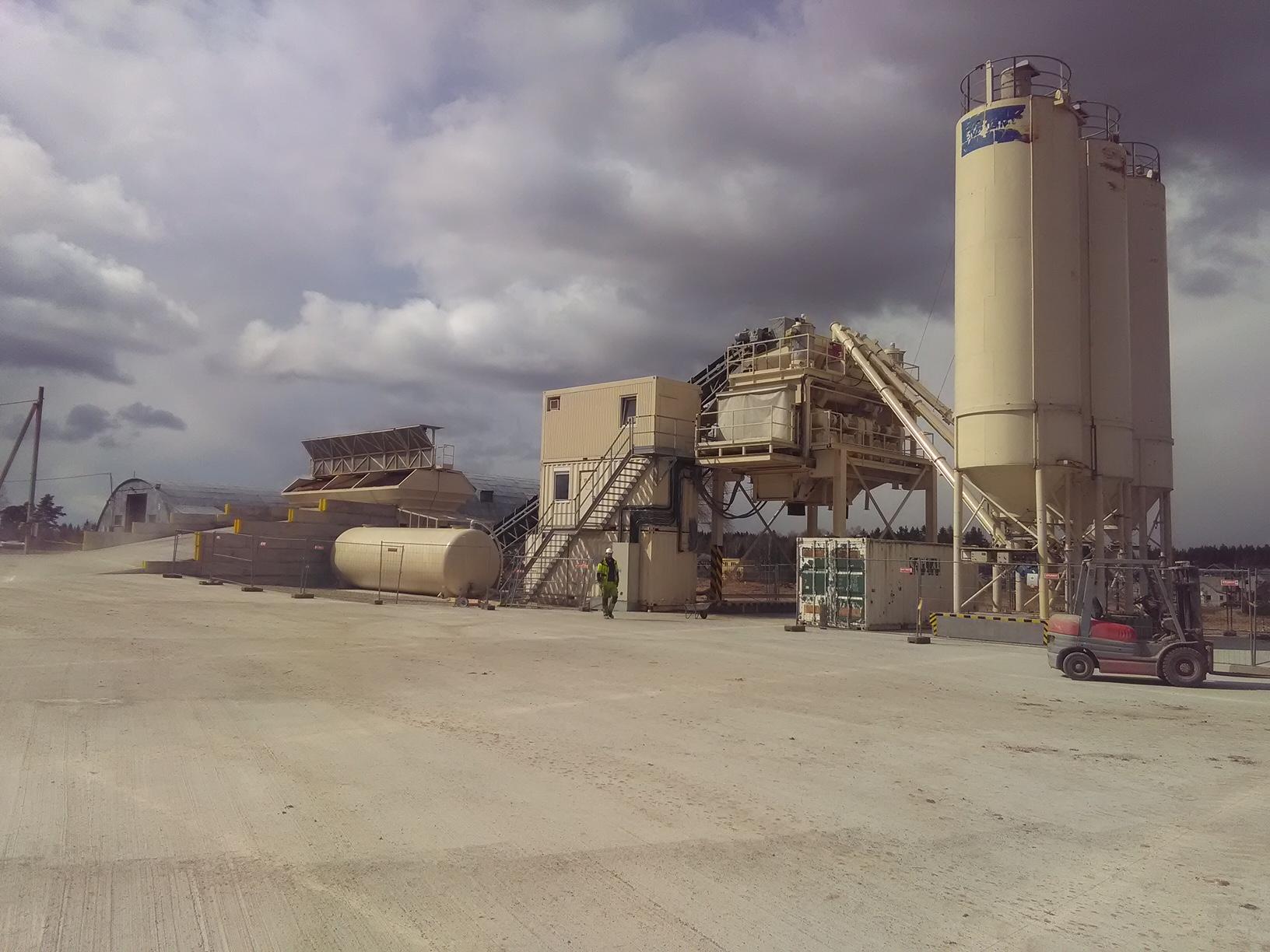 Starší betonárna BHS DUOMIX 250 opět v provozu