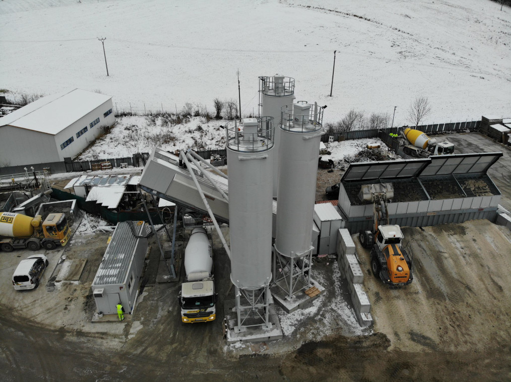 New super mobile mixing plant in Ruzomberok